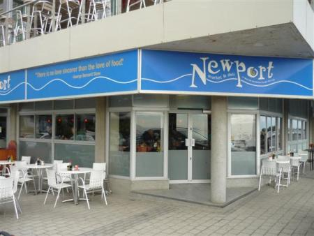 newport cafe and deli in mouille point
